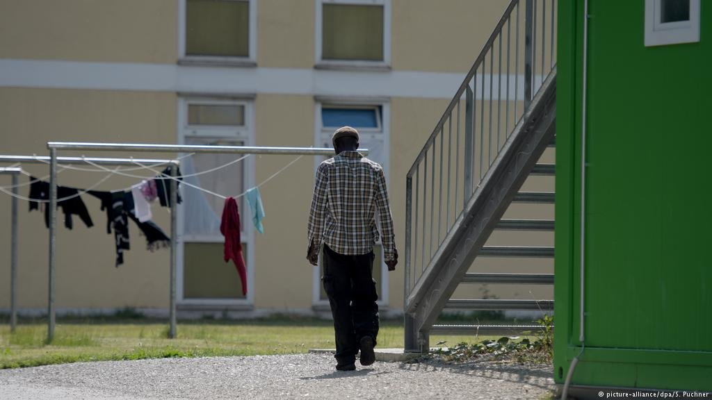 Many said they felt isolated - especially in large communal accommodation such as first arrival centers   PHOTO:  picture-alliace/dpa/S.Puchner
