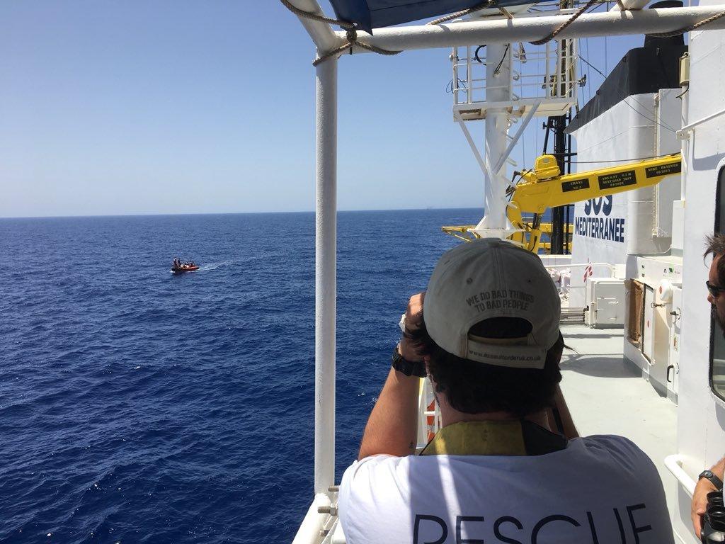 Dimanche 6 mai, l'Aquarius a été empêché de secourir des migrants en Méditerranée. Crédit : Anthony Jean / SOS Méditerranée