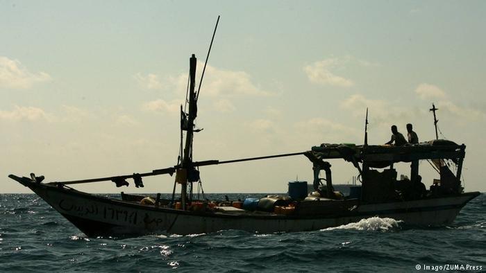 Imago/ZUMA Press |قارب مهاجرين في خليج عدن، صورة من الأرشيف.