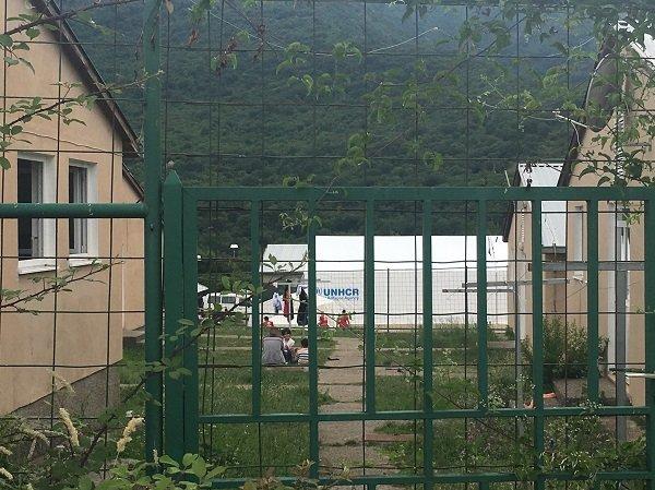 Une vue de l'intérieur du centre de Salakovac. Crédit : InfoMigrants