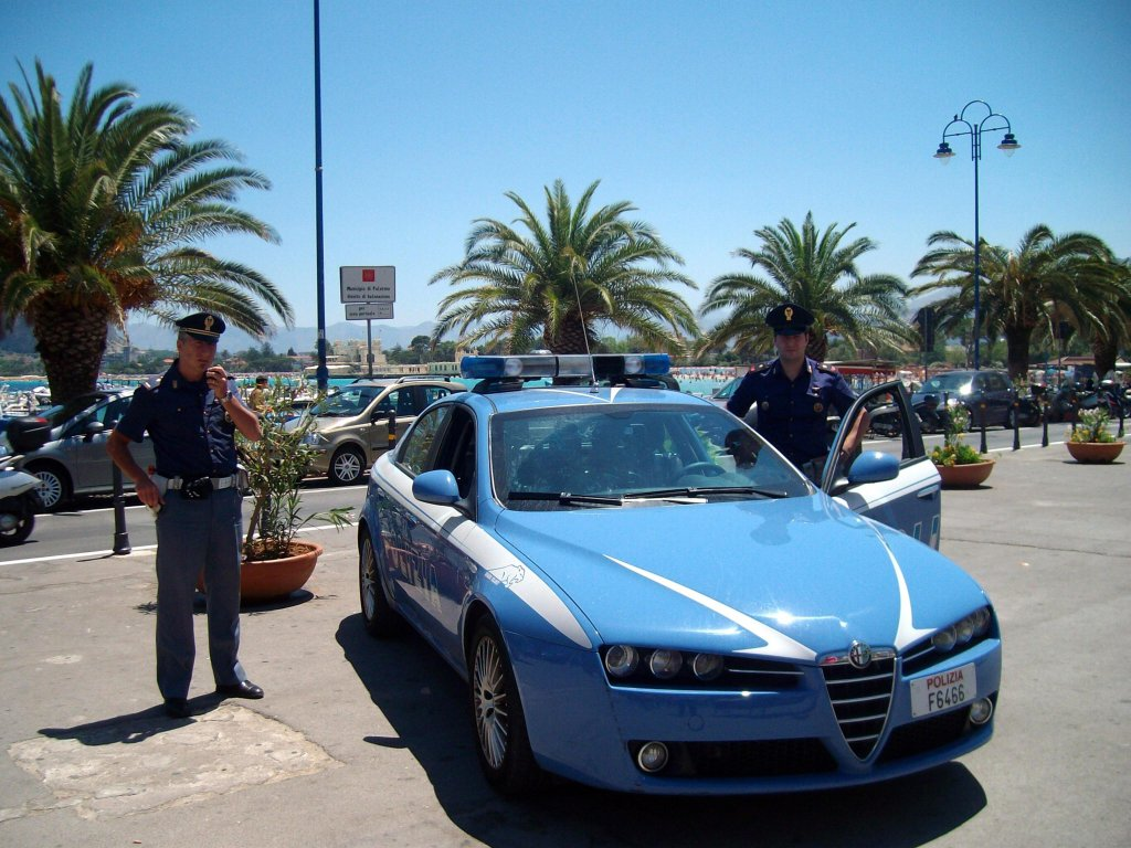 Patrol car of the Polizia di Stato in Palermo / ANSA