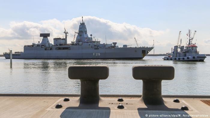 عکس از دویچه وله/ پارلمان آلمان سه ماموریت خارجی ارتش آلمان را تمدید کرد.