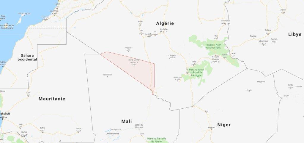 Google maps |Les migrants sont véhiculés jusqu'à Bordj Badji Mokhtar. Ensuite, ils doivent marcher jusqu'à la frontière malienne.