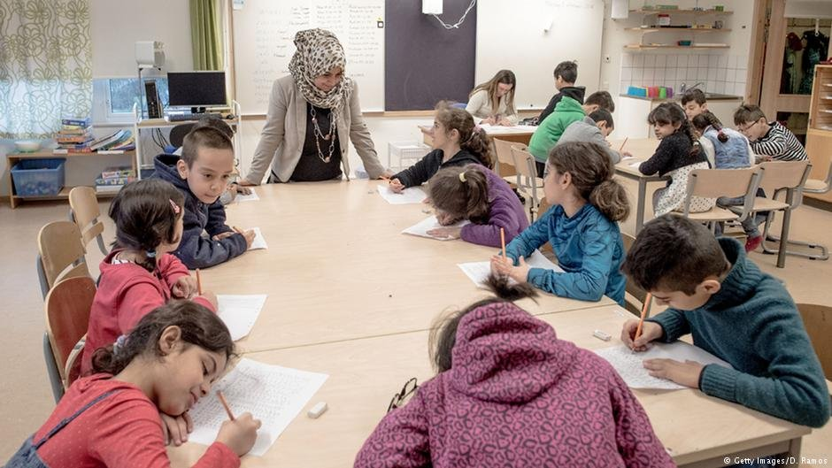 Migrant children at a school in Halmstad, Sweden | Photo: Getty Images/D.Ramos