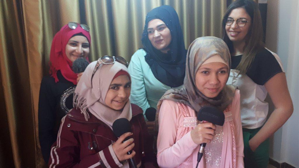 MicroCamp Radio |Des participantes de l'atelier radio.
