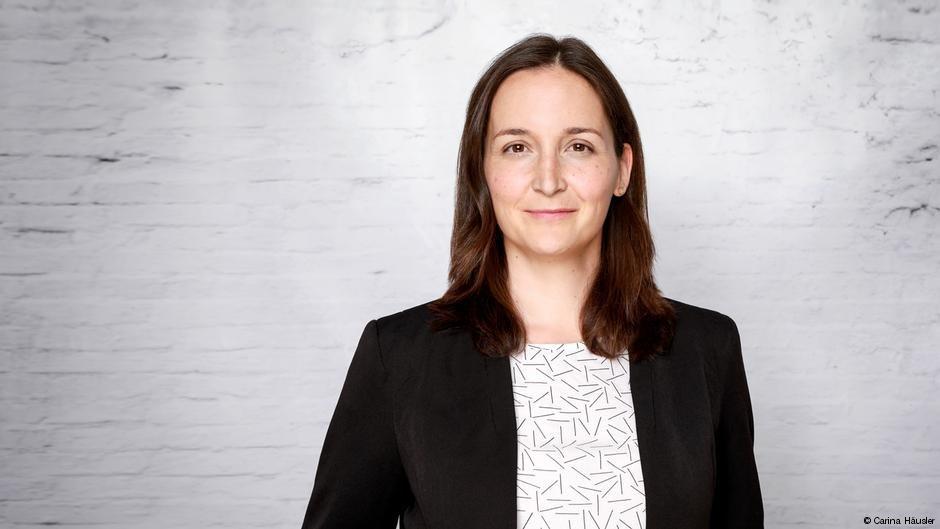 كريستيانه فروليش..  باحثة مختصة في الهجرة وأسبابها لدى المعهد الألماني للدراسات الدولية والإقليمية.
