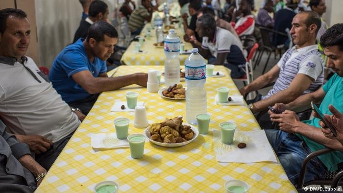 Ramadan in Sicily / Diego Cupolo