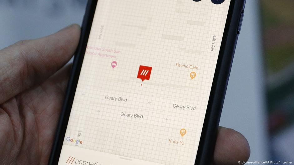 """The world on a grid: """"what3words"""" divides the planet up into squares measuring 9 square meters each 