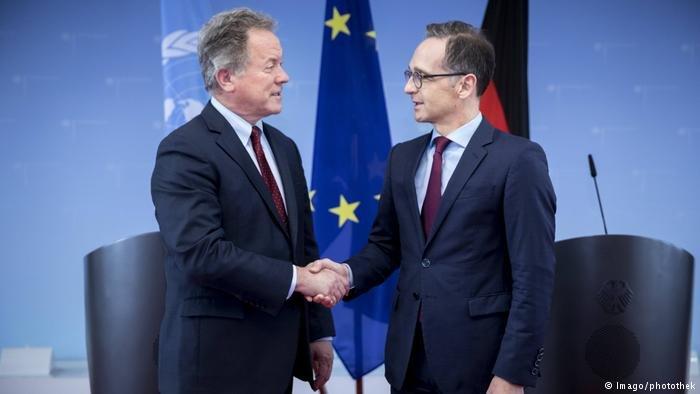 Imago/photothek |وزير الخارجية الألمانية ماس مستقبلا مدير برنامج الغذاء العالمي في برلين.