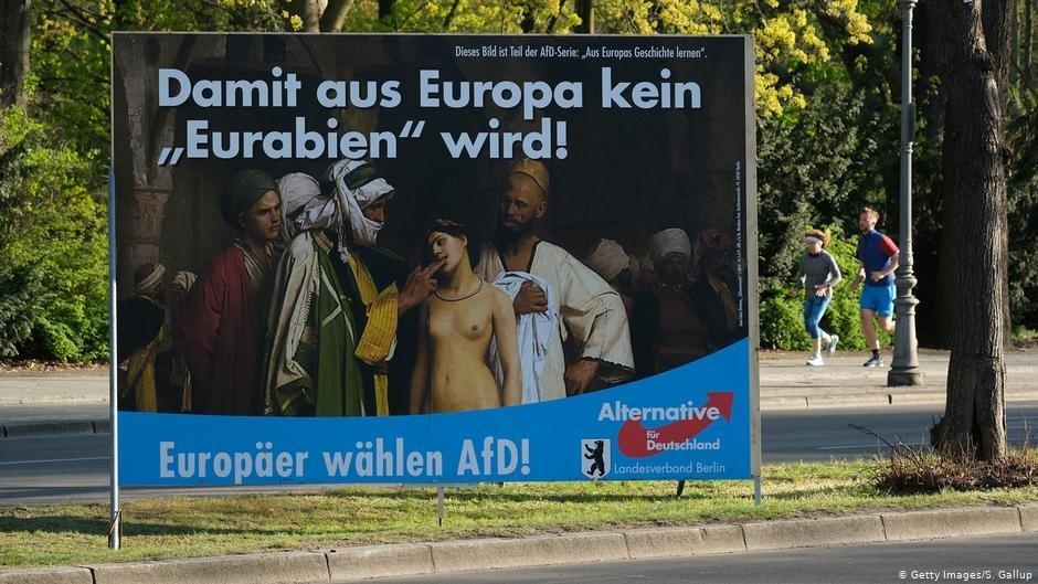 Pour que lEurope ne devienne pas lEurarabie dit cette affiche de lAfD 2019 Photo S GallupGetty Images