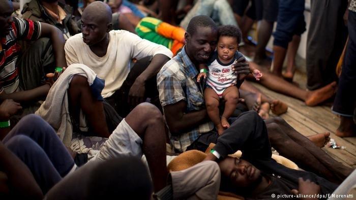 Plus de 100 000 migrants pour la plupart originaires dAfrique sont arrivs sur les ctes italiennes cette anne