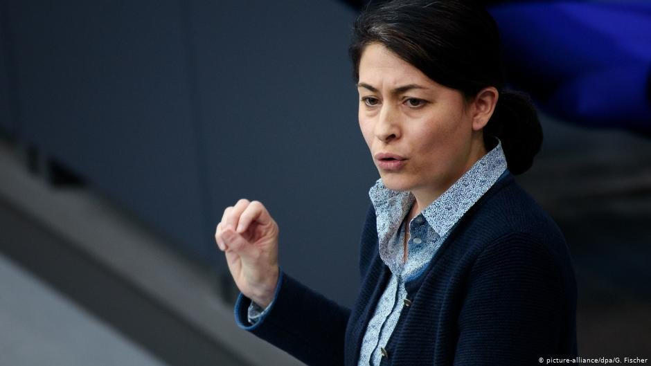 "Member of the Bundestag Filiz Polat criticized anchor centers as ""failing"" 