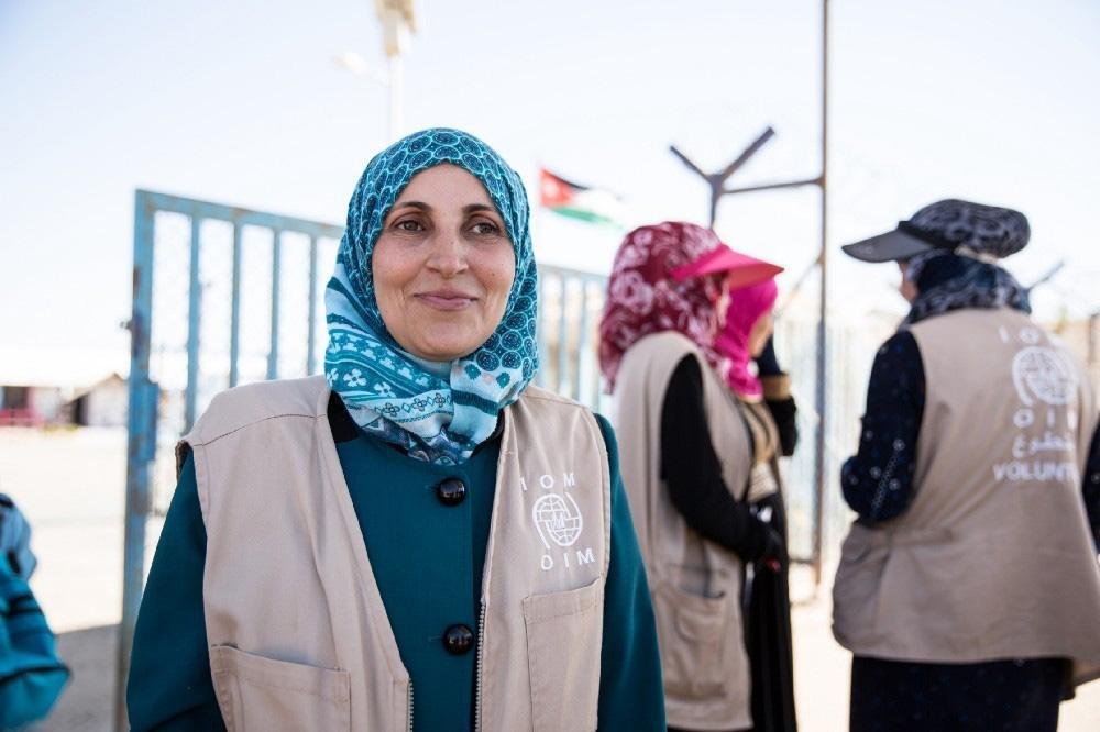 Ameena is a bus escort volunteer in the Azraq camp, Jordan. Photo | Amanda Nero/IOM