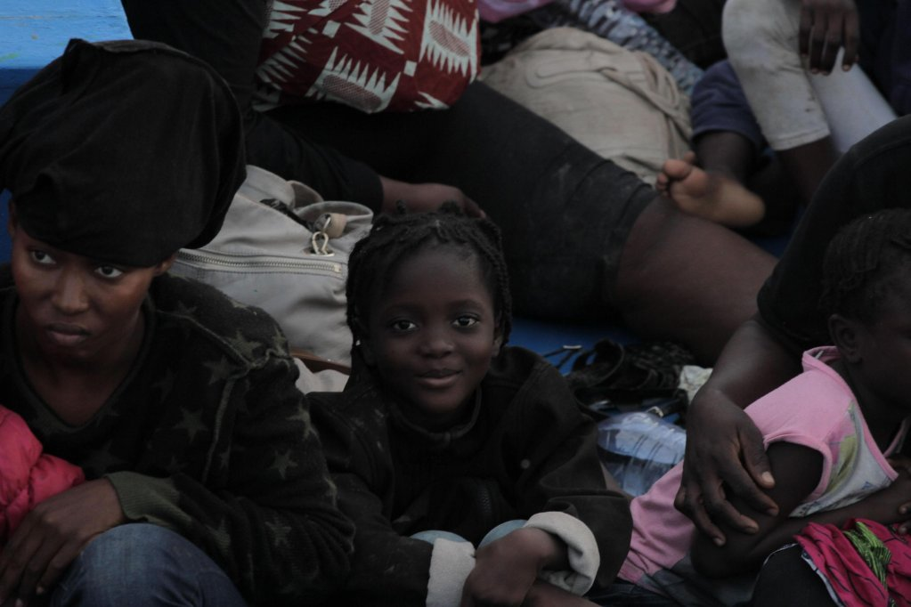 Archive: Migrants who left Tunisia on a boat arrive at Lampedusa's harbour, 13 October 2019 | Photo: ANSA/Pasquale Claudio Montana Lampo