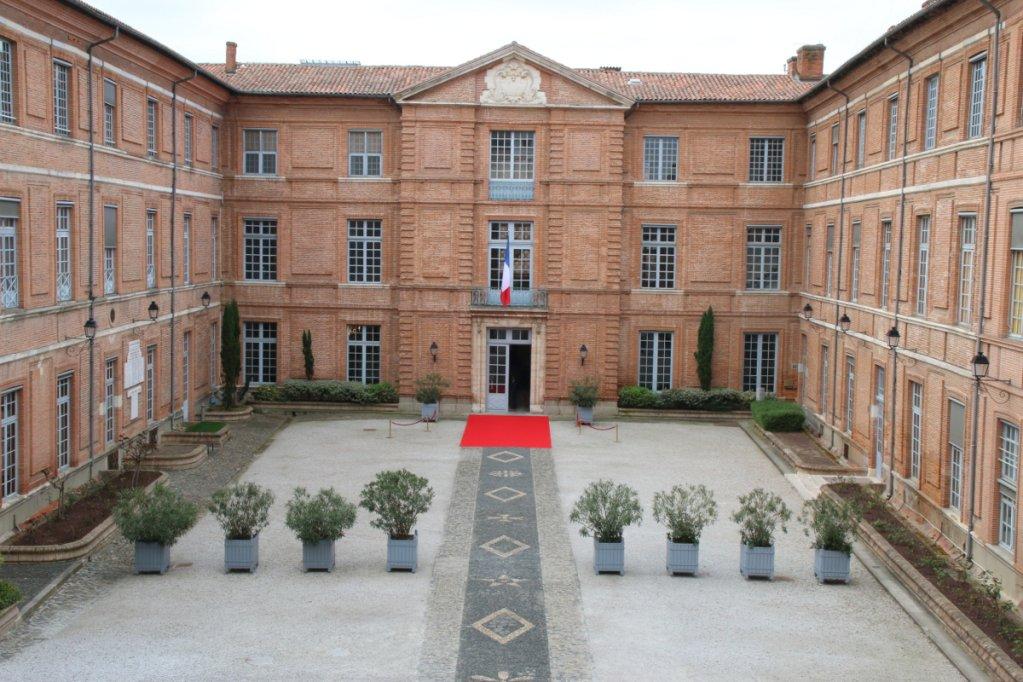 مقر محافظة أوكسيتاني في تولوز