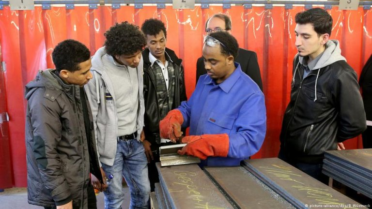 Job training for young migrants in Rostock, Germany