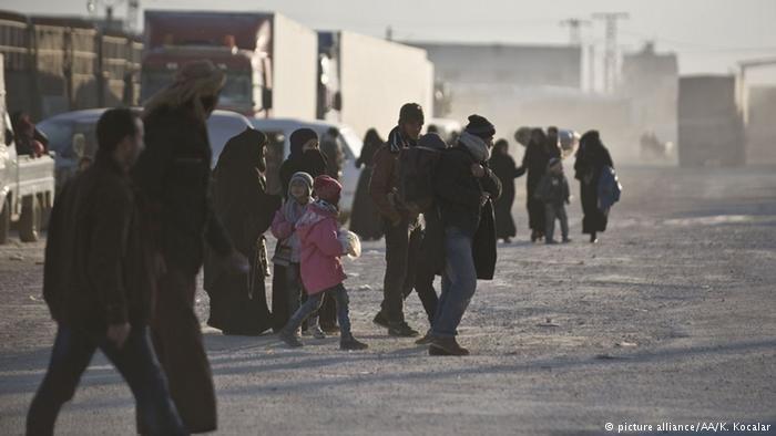 شماری از پناهجویان در ترکیه. عکس آرشیو.