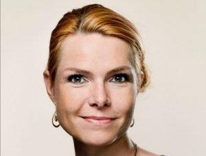 وزيرة الهجرة والاندماج الدنماركية إنغر ستويبرغ. الصورة من فيسبوك