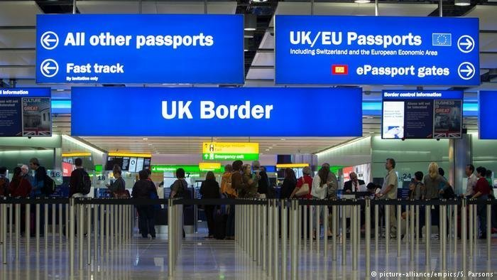 انگلستان در نظر دارد تا سال ۲۰۲۵ کنترول دیجیتال در مرزهایش را اجباری کند. عکس از پیکچر الیانس