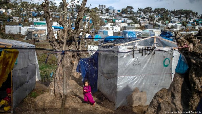 La camp de migrants de Lesbos. Photo: Picture-alliance/dpa/A.Tzortzinis
