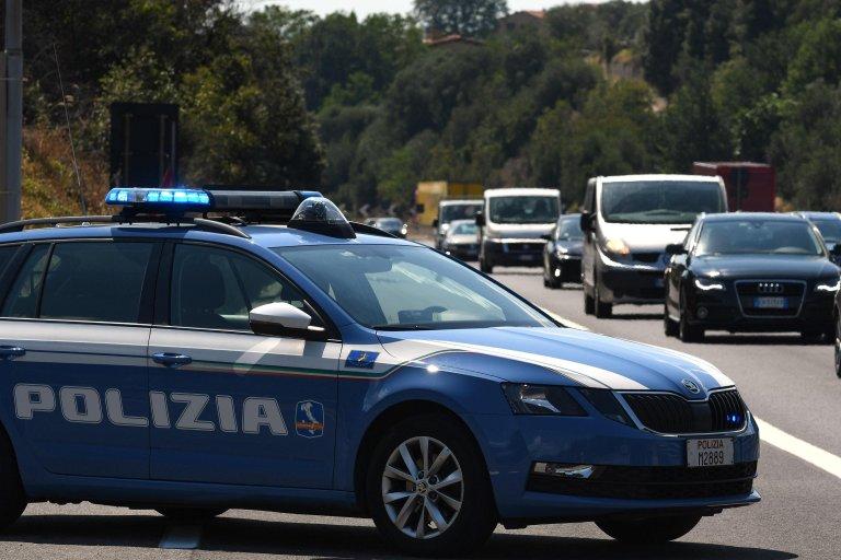 A police car near a highway. | PHOTO: Archive /ANSA