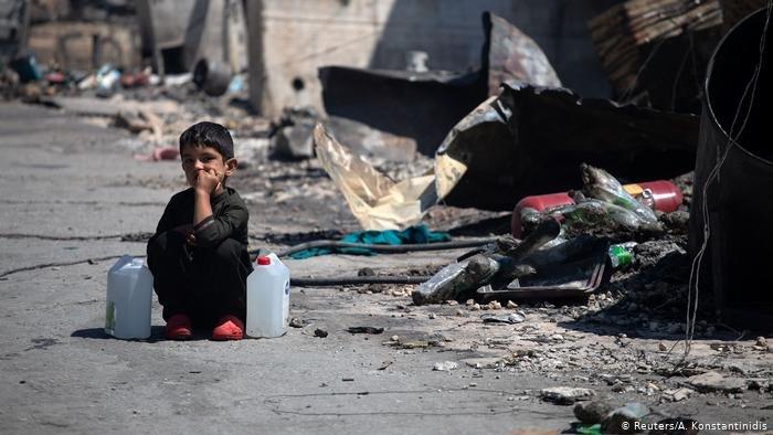 تشرد آلاف المهاجرين بعد حريق مخيم موريا