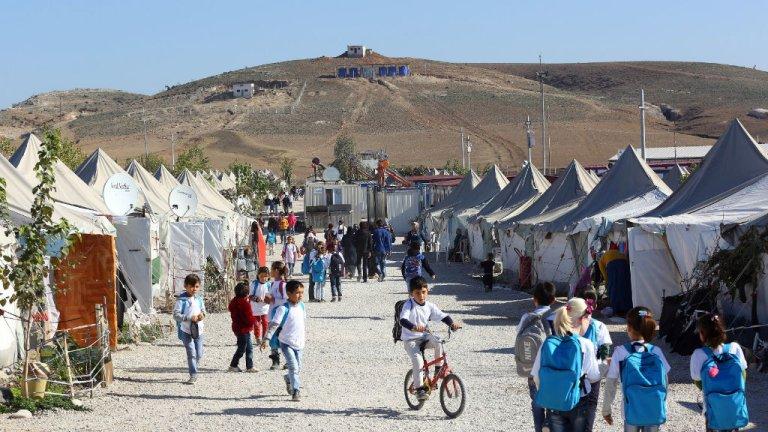 الاتحاد الأوروبي سيمنح تركيا أموالا جديدة لمساعدتها في إيواء اللاجئين ومجافحة الهجرة غير الشرعية