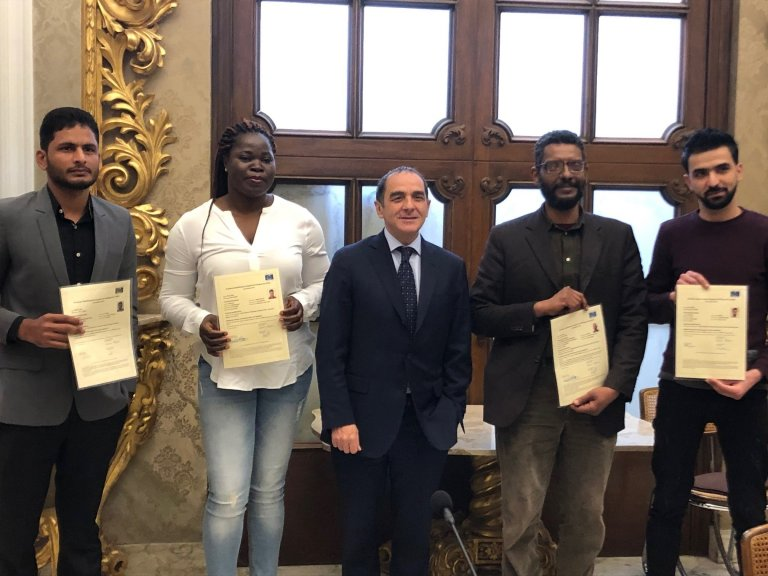 ANSA / طلبة من الحائزين على وضع لاجئ في جامعة باري. المصدر: أنسا.