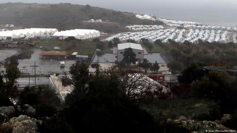 The Mavrovouni camp's location right on the coast means its tents are exposed to frequent storms | Photo: Elias Marcou/REUTERS