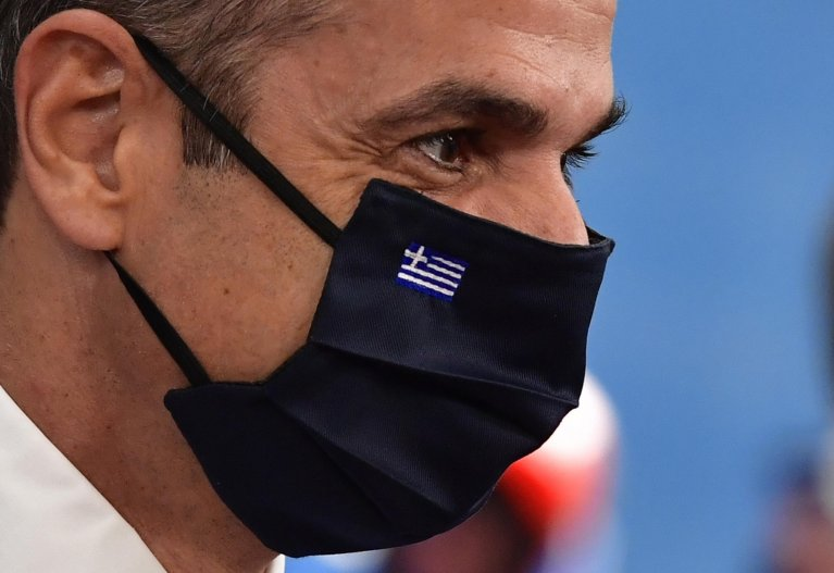 Greece's Prime Minister Kyriakos Mitsotakis, wearing a face mask, arrives for a European Union Council in Brussels, Belgium, July 17 2020 | Photo: EPA/John Thys