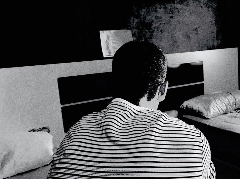جمال، شاب مغربي هاجر إلى إسبانيا وهو يبلغ من العمر 15 عاما. الصورة: بوعلام غبشي