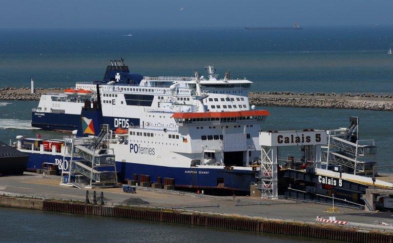 Le port de Calais, dans le nord de la France. Crédit : Reuters