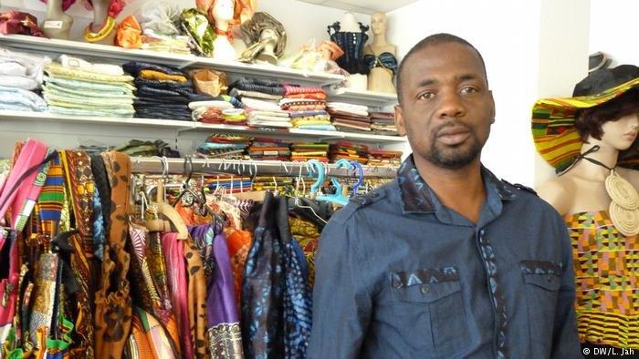 Amadou Toure dans son bureau