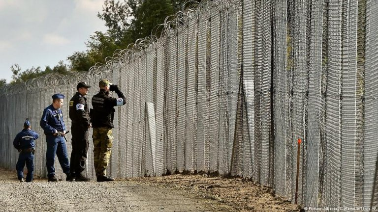 Hungary completed its border fence in 2015