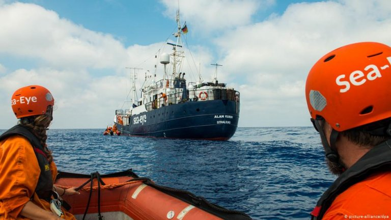 The Alan Kurdi humantarian rescue ship off Libya | Photo: Picture-alliance/dpa