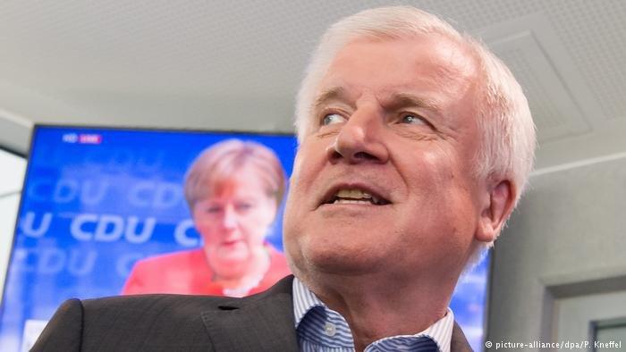 هورست زيهوفر وزير الداخلية الألمانية الاتحادية