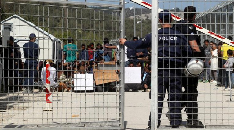 Police guarding the Moria refugee camp on Lesvos. Credit: lesvosnews.gr