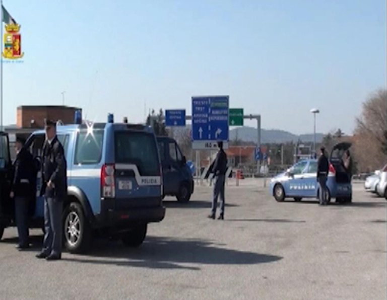 Trieste police working at the border to prevent clandestine immigration. PHOTO/ARCHIVE/ANSA/POLIZIA DI STATO