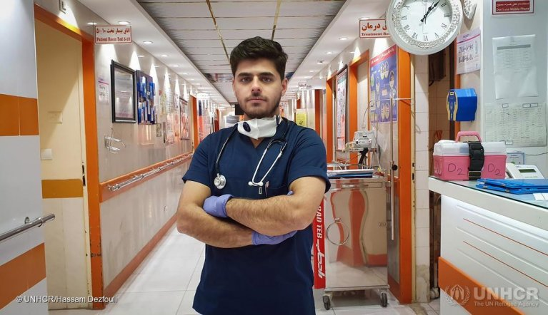 Iraqi refugee Moheyman works as a nurse on the frontline of the coronavirus emergency in Iran | Photo: UNHCR/Hassam Dezfouli