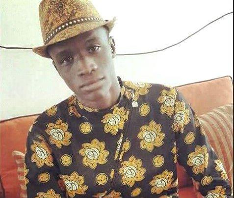 Djiby Dia sensibilise les jeunes aux dangers de l'exil. Crédit : Djiby Dia