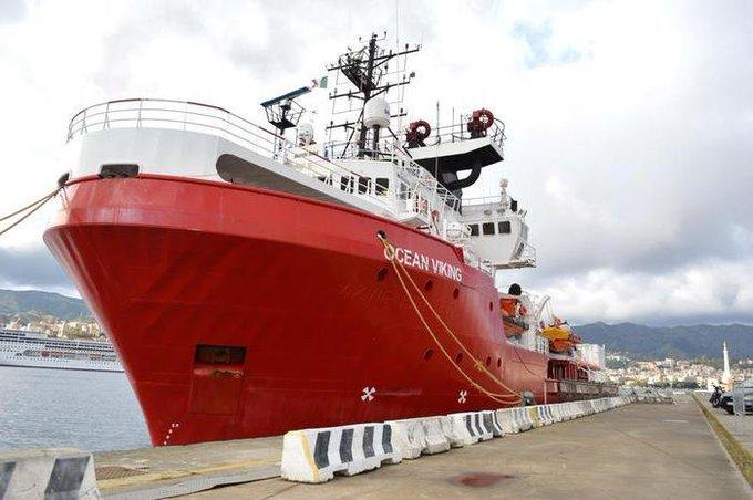 سفينة أوشن فايكنغ الإنسانية في ميناء ميسينا الإيطالي، 27 تشرين الثاني/نوفمبر 2019. تويتر