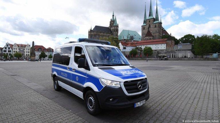 Police car in Erfurt | Photo: Picture-alliance/dpa/M.Schutt
