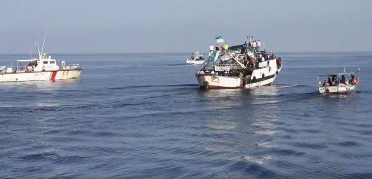 © (الصورة من فيسبوك) |هجرة جماعية رمزية على مراكب من ميناء الشابة يتونس يوم 12 نوفمبر 2020