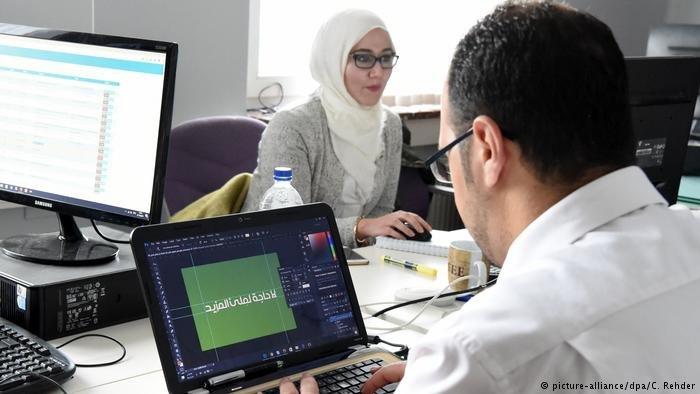 روند  ادغام پناهجویان در بازار کار و شمولیت شان در نهادهای آموزشی در آلمان رو به بهبود است.