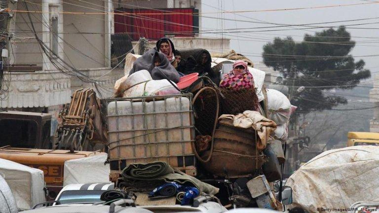 هزاران تن از مناطق درگیر جنگ در شمال غرب سوریه فرار کرده اند
