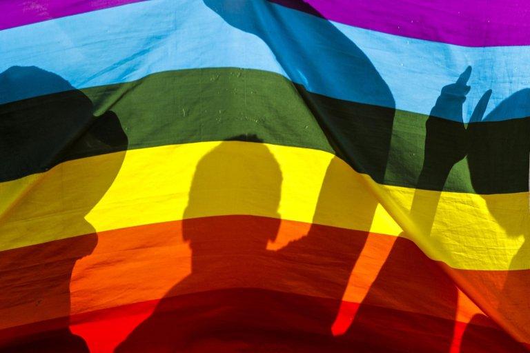 لاجئون مثليون أثناء احتجاجهم أمام مكتب المفوضية العليا للأمم المتحدة لشؤون اللاجئين في كينيا. المصدر: إي بي إيه/ داي كوروكاوا.