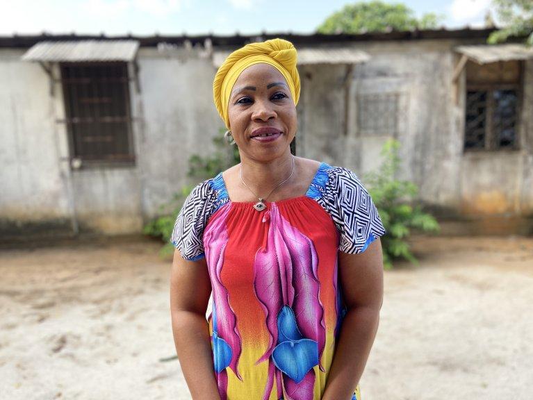 Touré Massaty-Konet est la présidente-fondatrice de l'ONG Brin d'Espoir International basée à Abidjan. Crédit : Anne-Diandra Louarn / InfoMigrants