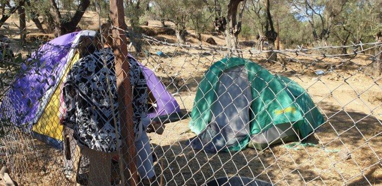 Tents around Moria camp, Lesbos, Greece | Photo: Amanullah Jawad