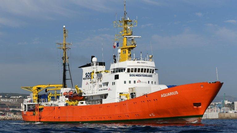 پاناما روز یکشنبه ٢٣ سپتمبر اعلام کرد که کشتی اکواریوس دیگر حق نخواهد داشت با پرچم این کشور دریا فعالیت کند. عکس از مهاجر نیوز