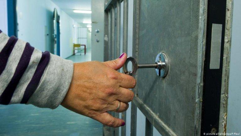 بازداشتگاه اخراج در براندنبورگ آلمان، سال ۲۰۱۱
